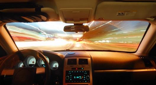 סמס בנהיגה – תופעה מסוכנת - מגזין AIG