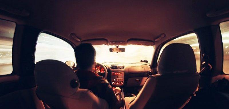 מה לעשות עם הטלפון בזמן נהיגה