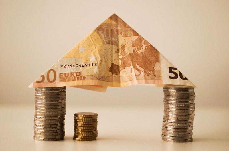 צורת בית מכסף – גרירת משכנתא